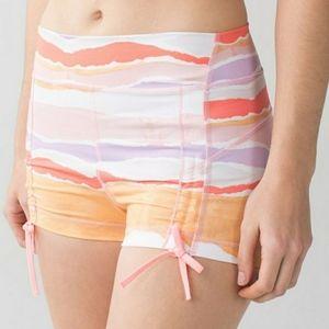 LULULEMON 🎉Host Pick 🎉Liberty Shorts Sz. 6